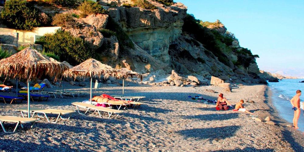 agia-fotia-beach