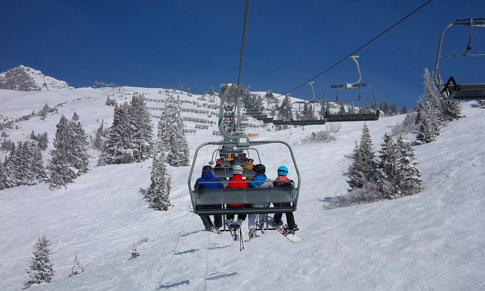 ski-lift-999226_1280_opt